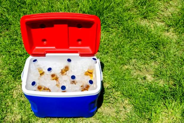 A picture of a nicely packed ice chest
