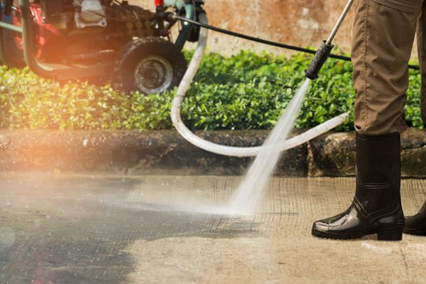 Gas-powered pressure washer offers better power