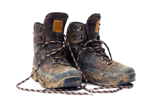 Never put on a pair of dirty and smelly hiking boots