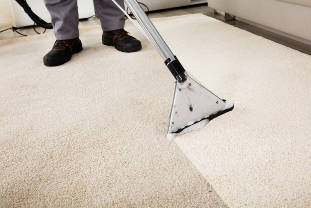 Use a vacuum cleaner to effectively clean your carpet