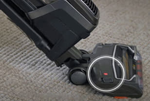 Shark vacuum brush roll indicator light not on - a troubleshooting guide
