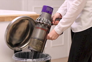How to empty a dyson vacuum: the quickest & easiest ways