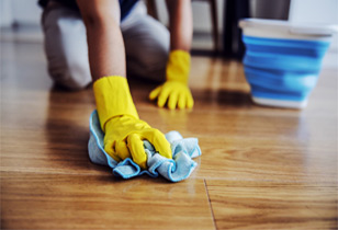 Best laminate floor polishes to make your floor shine like new again